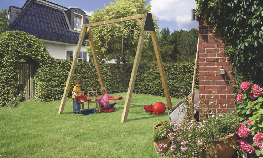 schaukel und rutschen im garten kinder lieben schaukeln kaufen sie spielanlagen mit schaukeln. Black Bedroom Furniture Sets. Home Design Ideas
